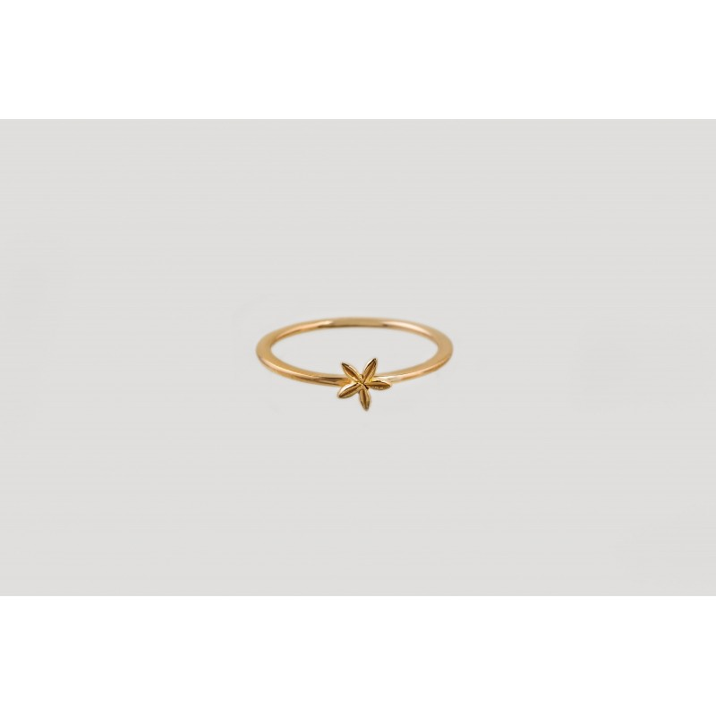 Star Blossom ring gold