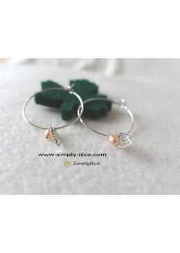 Mini foglia con orecchini di perle in argento