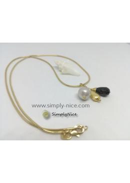 """Black Onyx"" Necklace Gold"